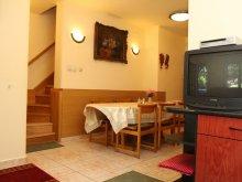 Apartament Mersevát, Casa de oaspeți Éva