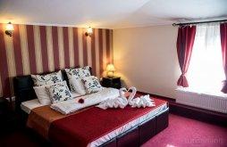 Accommodation Românești, Class Hotel