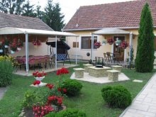Cazare Tiszatardos, Apartament Rózsika