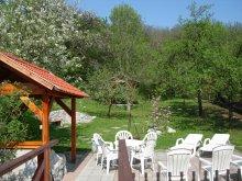 Guesthouse Szögliget, Illés Guesthouse