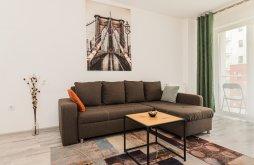 Accommodation Brașov, Johnny Baloney Apartment