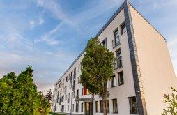 Hotel Fenyőfalva (Bradu), Bach Apartments