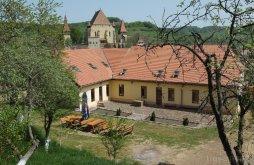 Accommodation Biertan, Complex Medieval Unglerus