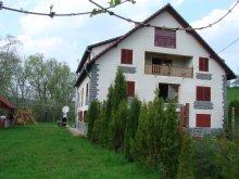 Panzió Szészárma (Săsarm), Magnólia Panzió