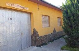 Kulcsosház Topești, Balla House