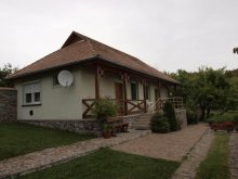 Casă de oaspeți Mándok, Casa de oaspeți Ilona