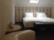 Bed & breakfast Mezőgyán, Lika Guesthouse