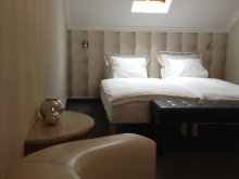 Bed & breakfast Mezőhegyes, Lika Guesthouse