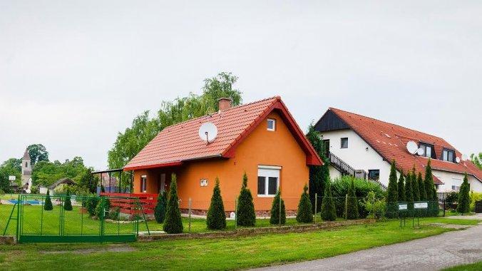 Tenis Guesthouse 1 Ordacsehi
