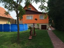 Casă de vacanță Ordas, Casa de oaspeți Komp