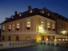Hotel Rudolftelep, Hotel Offi Ház