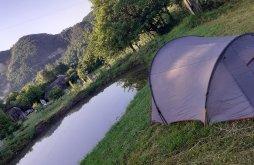 Camping near The church under the lake in Beliș-Fântânele, Rural Romanian Camping