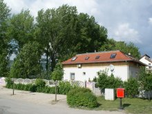 Accommodation Kóspallag, Levendula Guesthouse