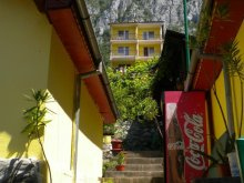 Casă de vacanță Cuptoare (Cornea), Tichet de vacanță, Satul de vacanță Floriana