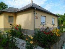 Casă de oaspeți județul Fejér, Casa de oaspeți Margaréta