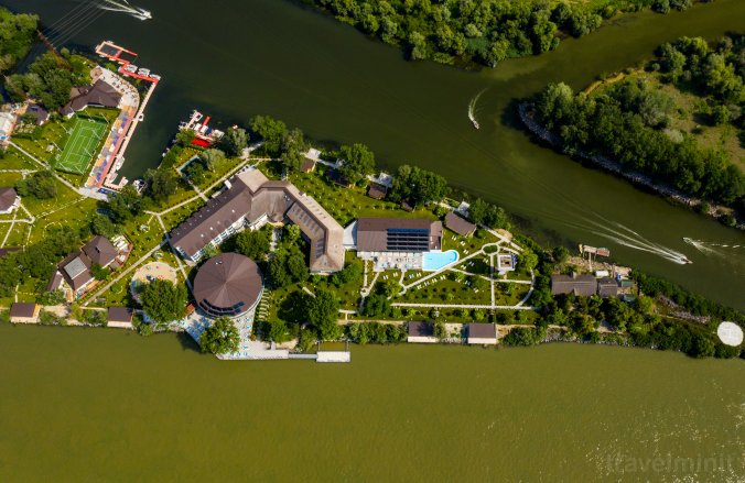 Lebăda Luxury Resort and Spa Crișan
