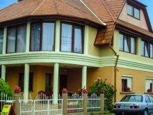 Casă de oaspeți Balatonszentgyörgy, Casa de oaspeți Suzy
