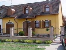 Casă de oaspeți Nagycsécs, Pensiunea Rajna