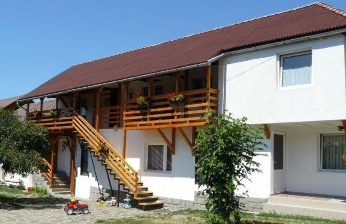 Anciupi Guesthouse Praid