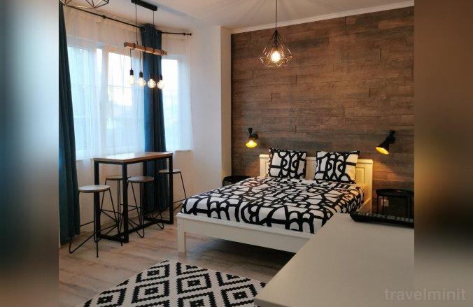 Central Park Studio Apartman Petrozsény