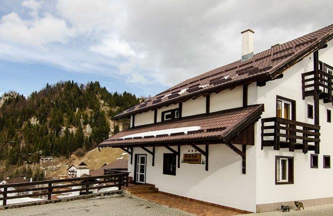 Dorina Villa Cheia