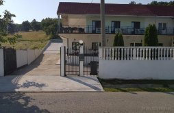 Room for rent near Mraconia Monastery, 2 Yuppy Du Rooms for rent