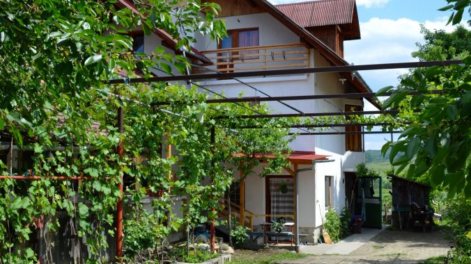 Madaras Guesthouse Chibed