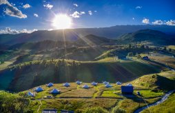 Camping near Monastery fortress Negru Vodă, Ursa Mica Glamping Resort
