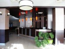 Accommodation Băcești, Hotel Parc