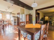 Accommodation Bana, Villa Corvina