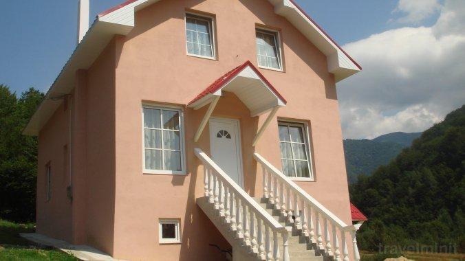 Vila Fabiale Pietroasa