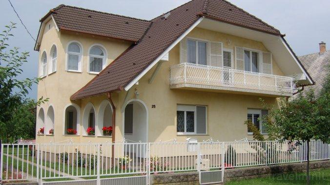 Apartamente Rózsa Balatonboglár