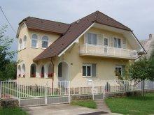 Cazare Látrány, Apartament Rózsa I.