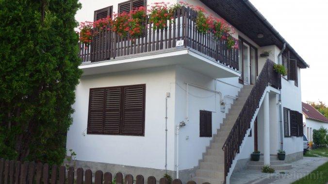 Apartament Erika Nagyatád