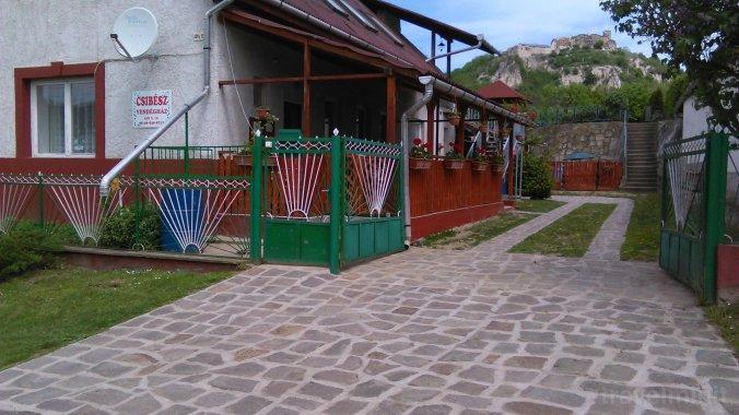Csibész Guesthouse Sirok