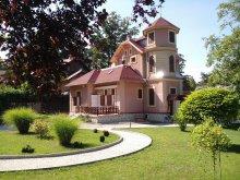 Villa Zamárdi, Gabi Vila