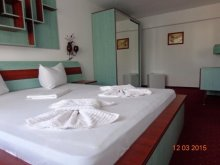 Hotel Șerbeștii Vechi, Hotel Cygnus
