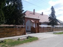 Casă de oaspeți Tiszaszentmárton, Casa de oaspeți Janó