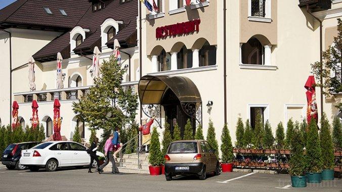 Hotel Hanul Domnesc Brassó