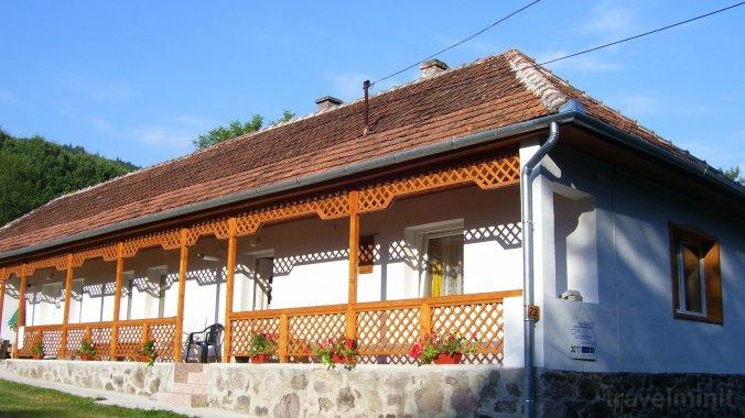 Fanni Guesthouse Kishuta