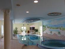 Pensiune Mesztegnyő, Apartament Kék Villa
