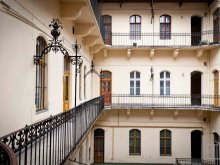 Apartment Erdőkürt, Oktogon Private Apartment - CityHeart Apartments
