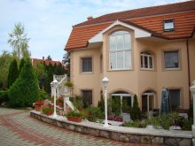 Apartament Debrecen, Pensiunea Aqua