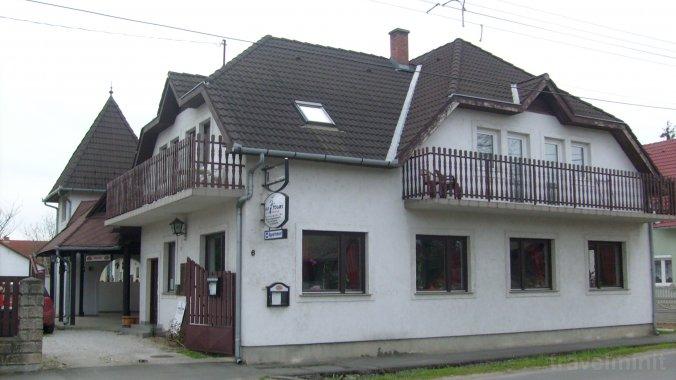 Paprika Guesthouse Harkány