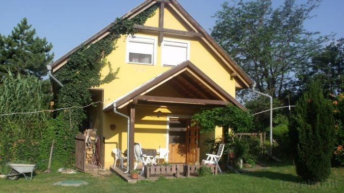 Czanadomb Guesthouse Cserkút