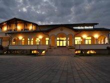 Pensiune Hălăucești, Pensiunea Curtea Bizantina