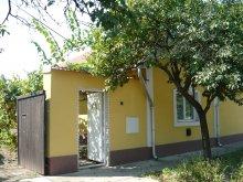 Cazare Tiszaalpár, Casa de oaspeți Kertész