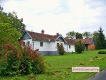 Cazare Szentgyörgyvölgy, Casa de oaspeți Turbékoló Parasztház