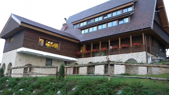 Smida Park - Transylvanian Mountain Resort Smida