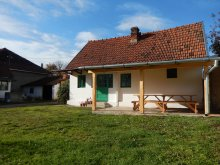 Accommodation Căprioara, Tichet de vacanță, Turul Chalet